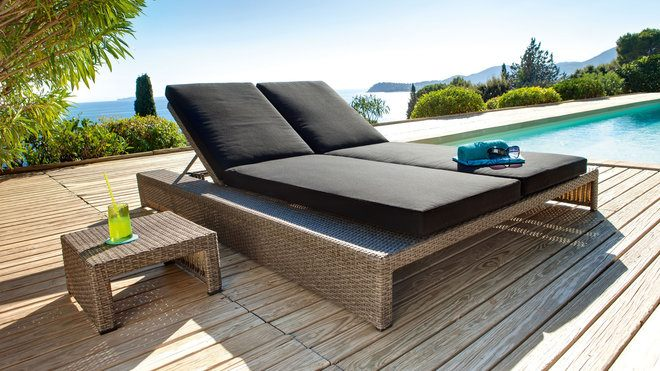 5 transats design pour buller pr s de sa piscine mon jardin deco. Black Bedroom Furniture Sets. Home Design Ideas